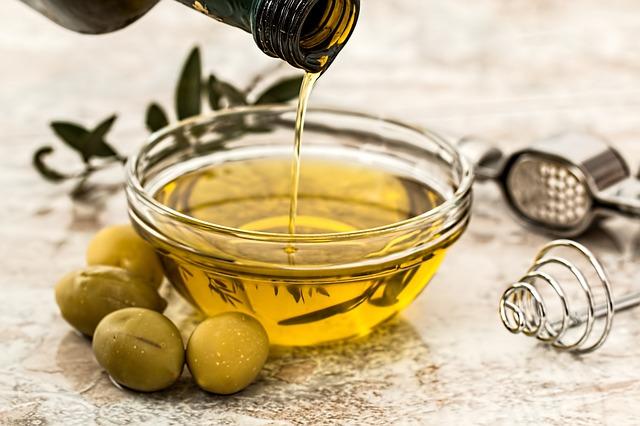 153.olive-oil2