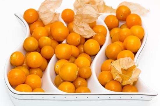 012.golden-berry-01