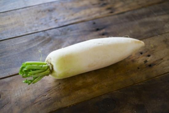 048.white-radish-02