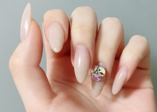 318.gel-nail-allergy-01