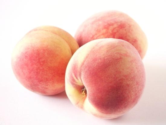056.peach-02